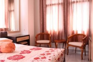 Standard_Room_Lt3_Serata_b_Small